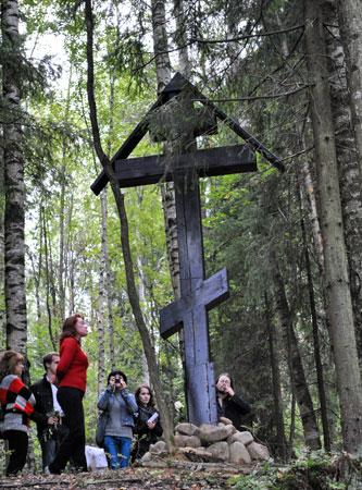 в 89-ю годовщину гибели Н. Гумилёва. 2010 год.