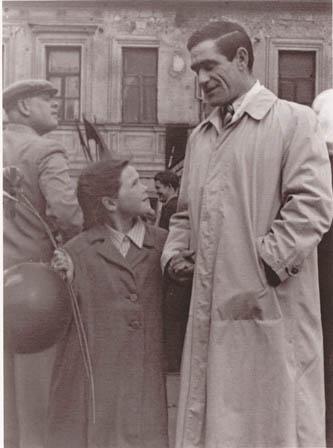 На первомайской демонстрации. Москва, 1955 г