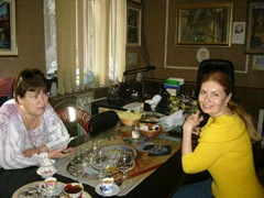 Вера Зубарева и  Галя Бизикович