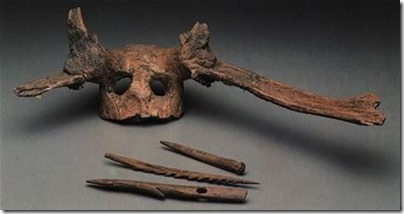 находки с возрастом в 9,500 лет: оленьи черепа с рогами, которыми украшались головные уборы